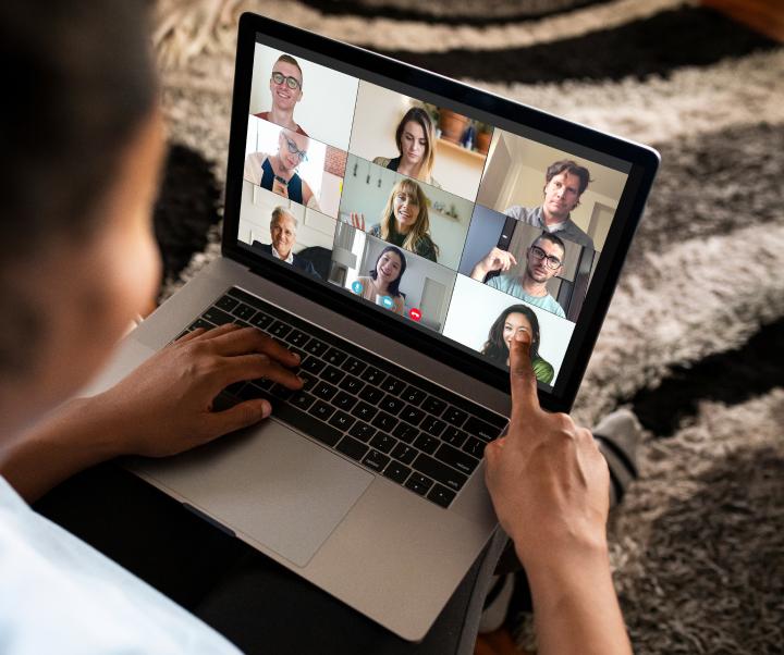Group online children